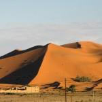 Die Wüste Erg Chebbi - eine Herausforderung für Mensch und Motorrad.